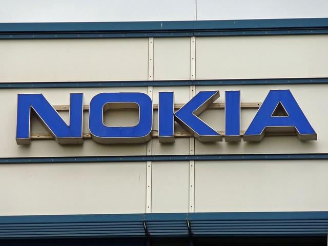 Že se stane Nokia 3310 prodejním trhákem roku 2017, nikdo nečekal post thumbnail image
