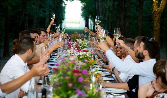 hostina novomanželů